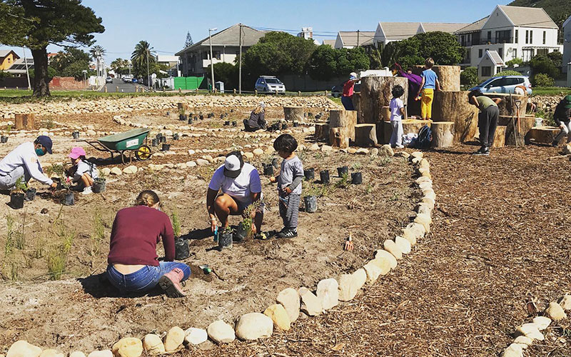 Vlei Veld Circle conservation awareness project